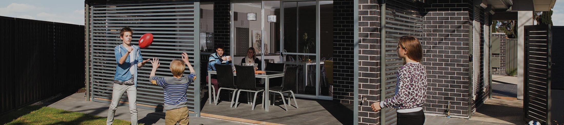 outdoor shutters easyview 01