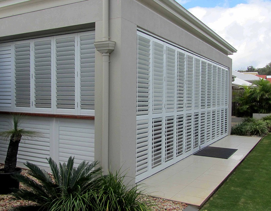 Aluminium louvered shutters the blinds gallery outdoor for Discount exterior shutters